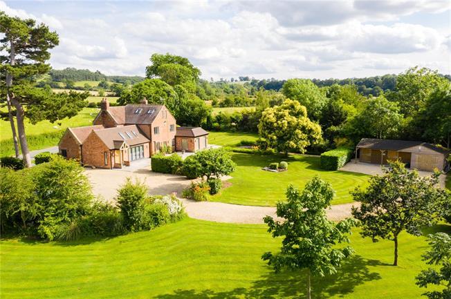 Asking Price £1,650,000, 5 Bedroom Detached House For Sale in Mickleton, GL55