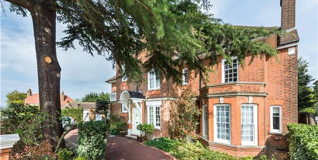Guide Price £3,495,000, 7 Bedroom Detached House For Sale in London, W13