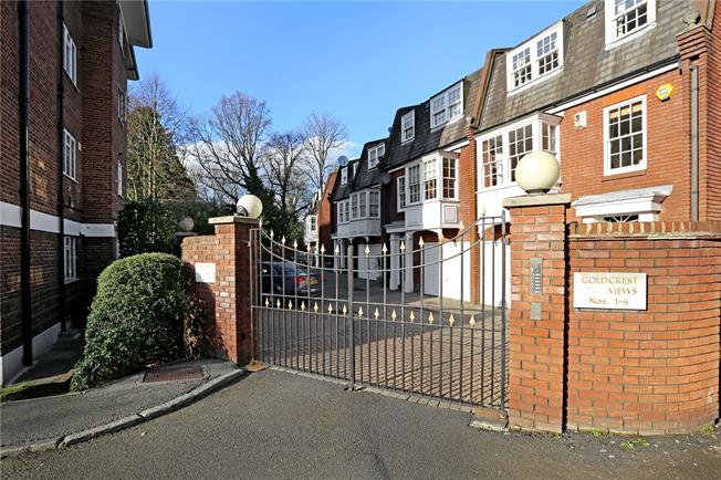 Asking Price £1,299,950, 5 Bedroom House For Sale in London, W5
