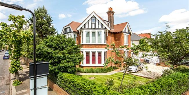Asking Price £2,495,000, 5 Bedroom Detached House For Sale in London, W13