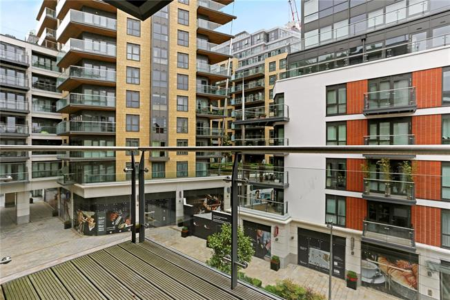 Asking Price £849,995, 2 Bedroom Flat For Sale in London, W5