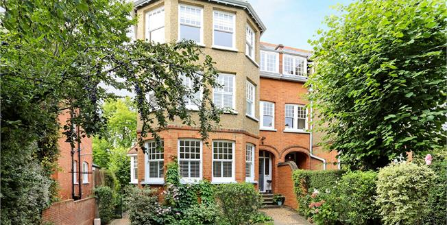 Guide Price £2,250,000, 6 Bedroom Semi Detached House For Sale in Ealing, W5