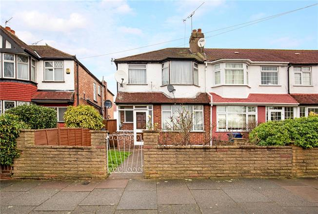 Guide Price £450,000, 3 Bedroom End of Terrace House For Sale in Greenford, UB6