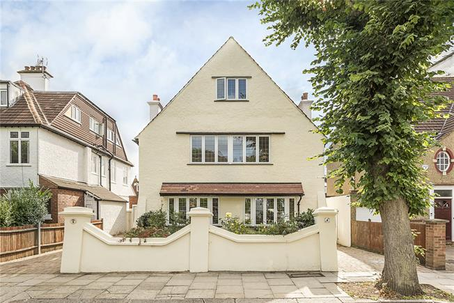 Asking Price £1,750,000, 6 Bedroom Detached House For Sale in London, W13