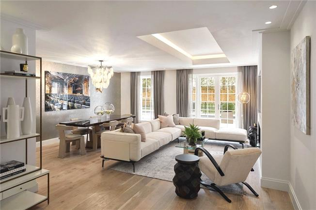 Asking Price £1,495,000, 3 Bedroom Flat For Sale in London, W5