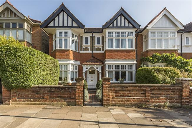 Asking Price £1,600,000, 5 Bedroom Semi Detached House For Sale in Ealing, W13