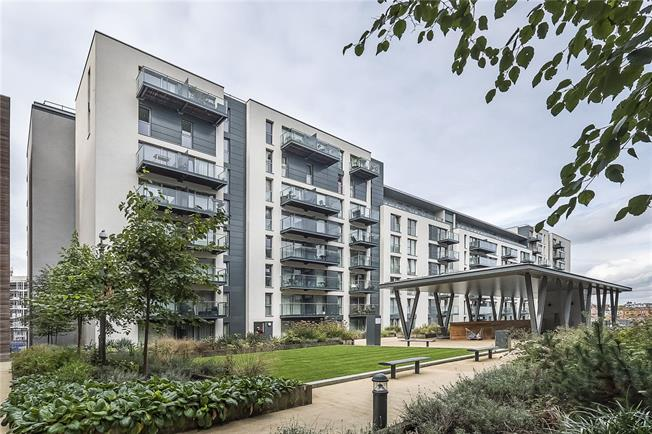 Asking Price £440,000, 3 Bedroom Flat For Sale in Hayes, UB3