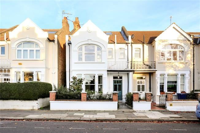 Asking Price £1,200,000, 4 Bedroom End of Terrace House For Sale in Ealing, W13