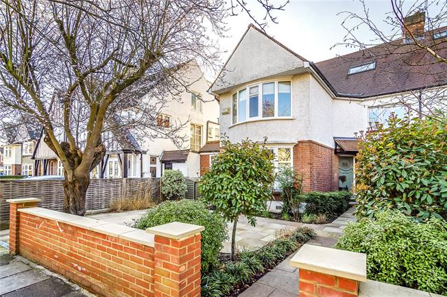 Guide Price £1,500,000, 5 Bedroom Semi Detached House For Sale in Ealing, W5