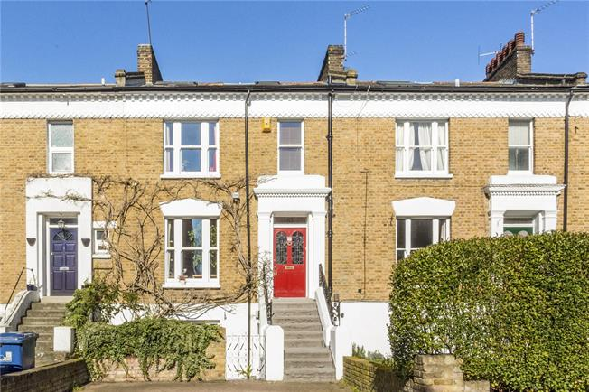 Guide Price £1,250,000, 4 Bedroom Terraced House For Sale in Ealing, W5