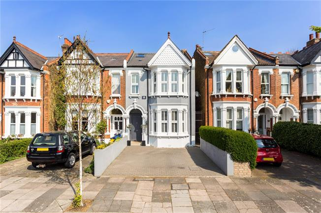 Guide Price £1,500,000, 5 Bedroom Semi Detached House For Sale in London, W13