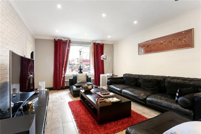 Asking Price £835,000, 3 Bedroom Garage For Sale in Ealing, W5
