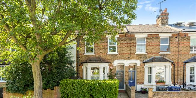 Guide Price £800,000, 4 Bedroom Terraced House For Sale in Ealing, W5