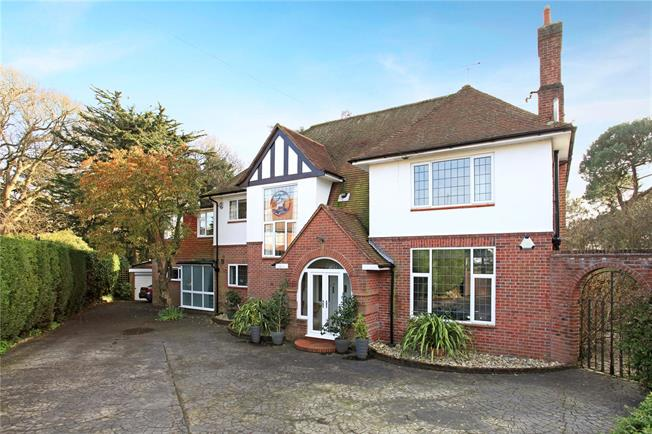 Guide Price £1,430,000, 5 Bedroom Detached House For Sale in Poole, BH13