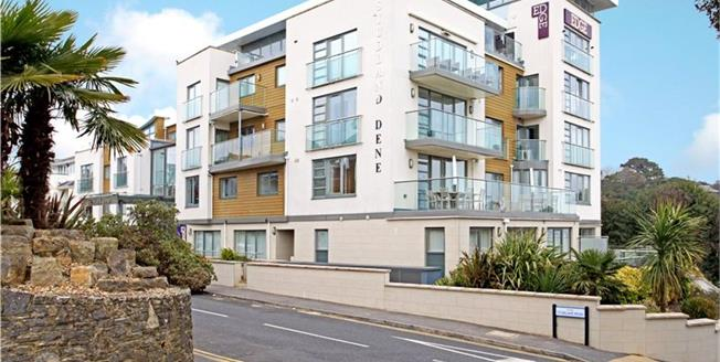 Guide Price £850,000, 3 Bedroom Flat For Sale in Bournemouth, Dorset, BH4