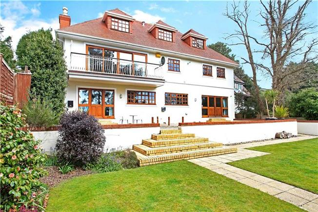 Guide Price £1,150,000, 4 Bedroom Detached House For Sale in Poole, Dorset, BH14