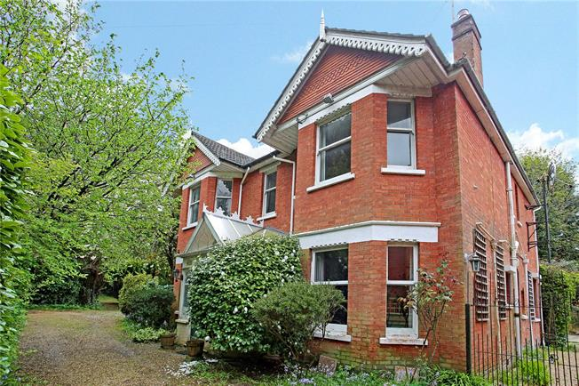 Guide Price £750,000, 4 Bedroom Detached House For Sale in Poole, Dorset, BH13