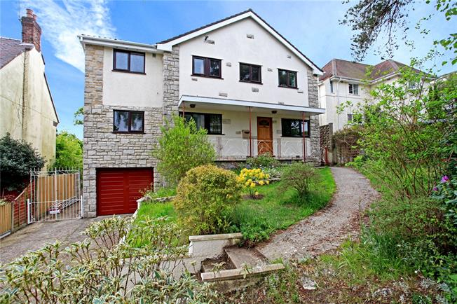 Guide Price £775,000, 4 Bedroom Detached House For Sale in Poole, Dorset, BH14