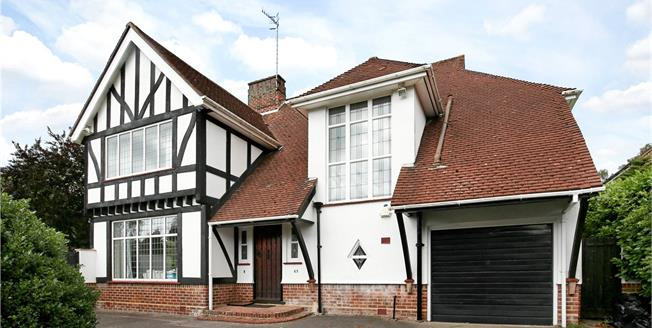 Guide Price £925,000, 4 Bedroom Detached House For Sale in Poole, Dorset, BH14