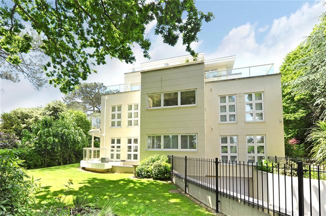 Guide Price £750,000, 3 Bedroom Flat For Sale in Branksome Park, Poole, Do, BH13