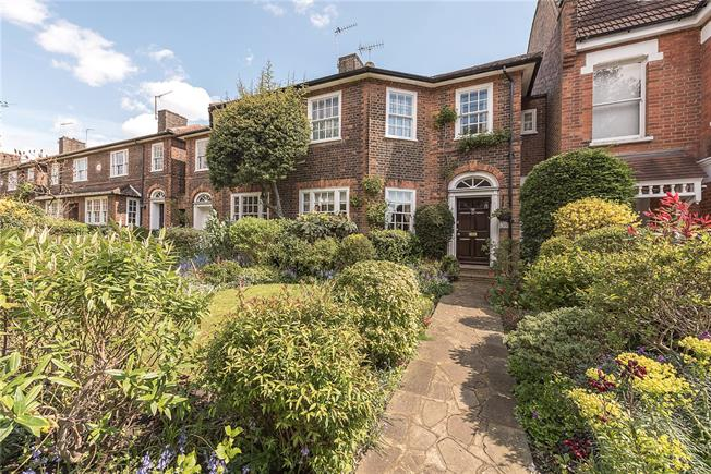 Offers in the region of £1,250,000, 3 Bedroom Terraced House For Sale in London, N2