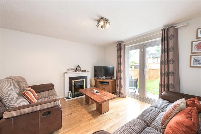 Asking Price £500,000, 2 Bedroom Terraced House For Sale in London, N11