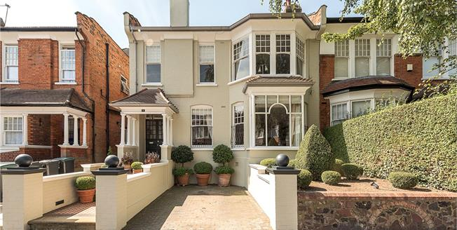 Asking Price £2,550,000, 6 Bedroom Terraced House For Sale in London, N10