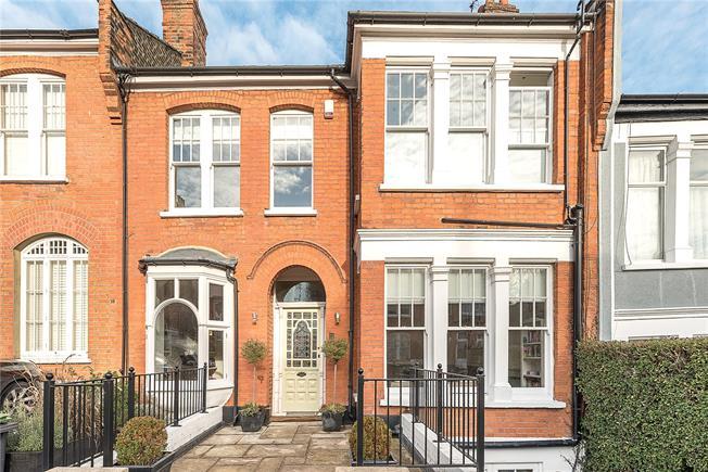 Asking Price £2,450,000, 5 Bedroom Terraced House For Sale in London, N10