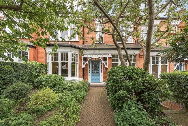 Asking Price £2,450,000, 6 Bedroom Terraced House For Sale in London, N10