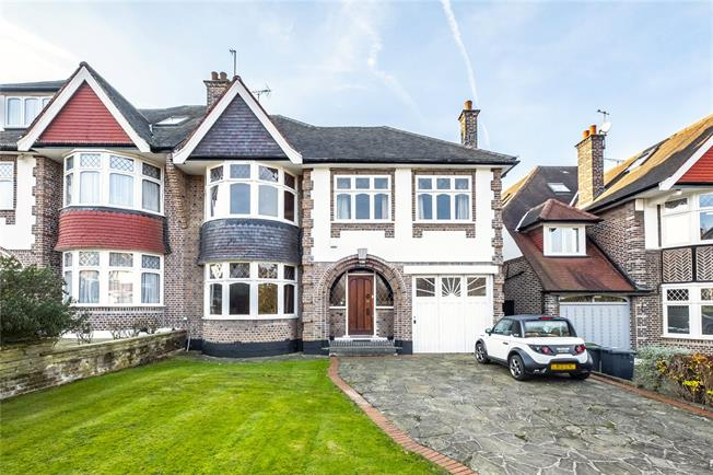 Asking Price £2,000,000, 4 Bedroom Semi Detached House For Sale in London, N2