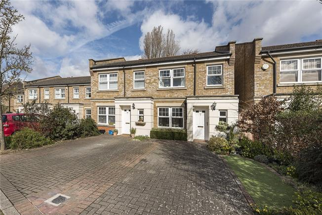 Guide Price £595,000, 3 Bedroom End of Terrace House For Sale in Hampton, TW12