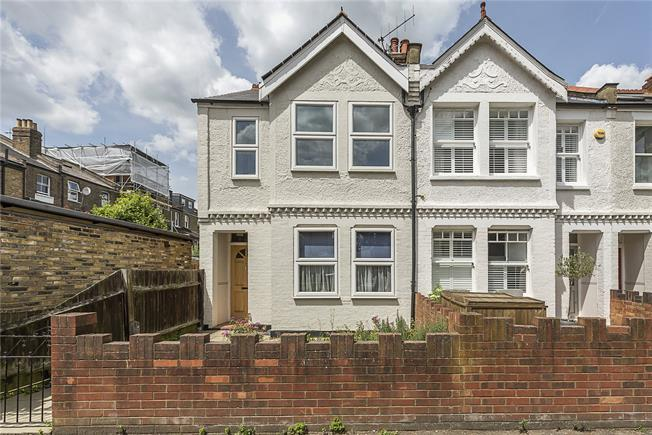 Guide Price £700,000, 2 Bedroom End of Terrace House For Sale in Teddington, TW11