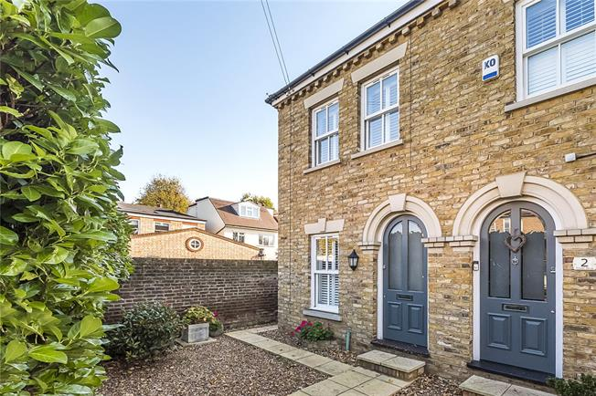 Guide Price £800,000, 3 Bedroom End of Terrace House For Sale in Teddington, TW11