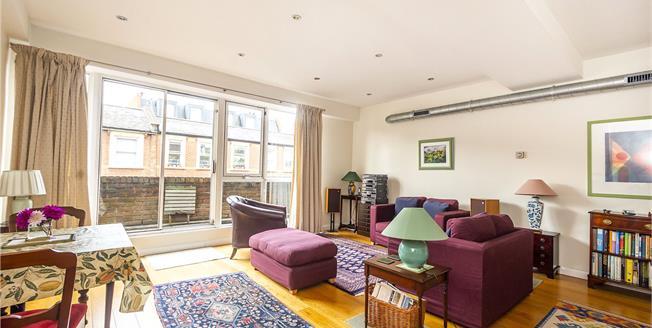 Guide Price £362,500, 1 Bedroom Flat For Sale in Teddington, TW11