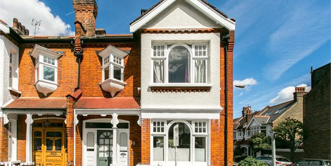 Asking Price £1,499,000, 4 Bedroom Semi Detached House For Sale in London, SW11
