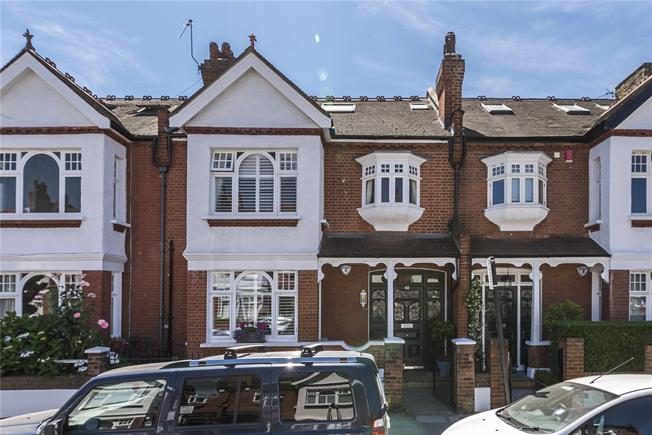 Asking Price £1,400,000, 5 Bedroom Terraced House For Sale in London, SW11