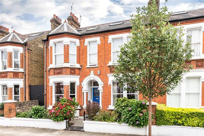 Asking Price £1,800,000, 6 Bedroom Semi Detached House For Sale in London, SW12