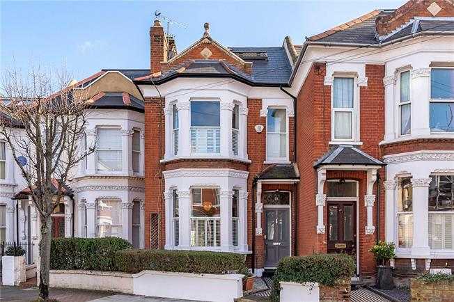 Guide Price £1,400,000, 5 Bedroom Terraced House For Sale in London, SW11