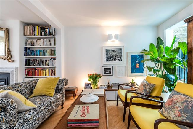 Asking Price £1,100,000, 4 Bedroom Terraced House For Sale in London, SW11