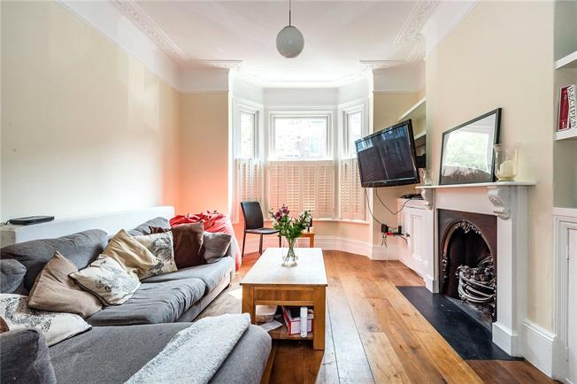 Guide Price £1,250,000, 5 Bedroom Terraced House For Sale in London, SW11