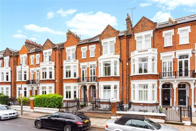 Asking Price £1,000,000, 3 Bedroom Flat For Sale in London, SW4