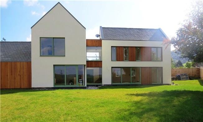 Guide Price £680,000, 4 Bedroom Detached House For Sale in Nr Bristol, BS40