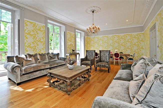 Guide Price £1,850,000, 5 Bedroom Terraced House For Sale in Bristol, BS1