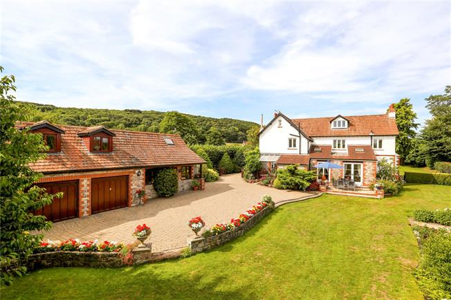 Guide Price £975,000, 6 Bedroom Detached House For Sale in Langford, BS40