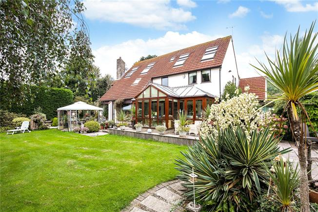 Guide Price £895,000, 6 Bedroom Detached House For Sale in Weston-in-Gordano, BS20