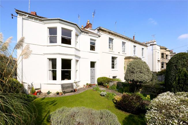 Guide Price £550,000, 3 Bedroom End of Terrace House For Sale in Bristol, BS6