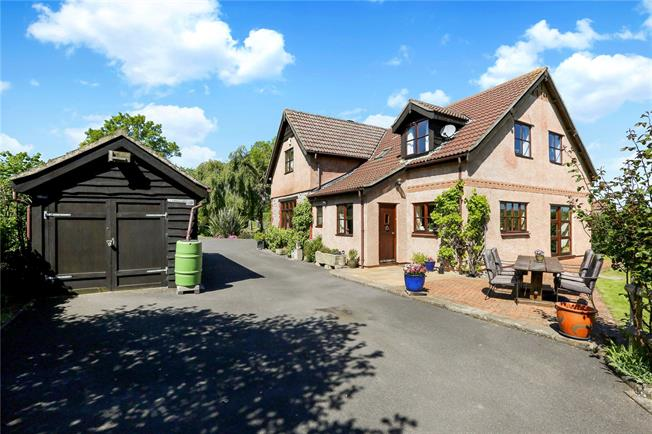 Guide Price £785,000, 5 Bedroom Detached House For Sale in Bristol, BS40