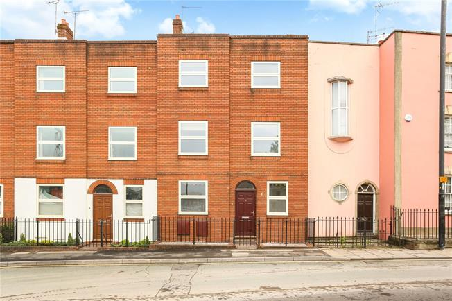 Guide Price £635,000, 4 Bedroom Terraced House For Sale in Bristol, BS1