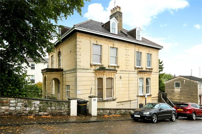 Asking Price £225,000, 1 Bedroom Flat For Sale in Bristol, BS6