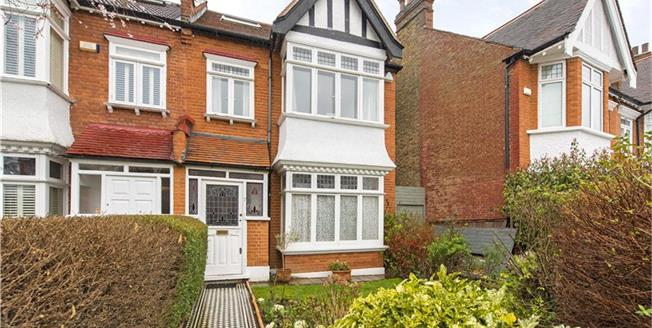 Asking Price £2,250,000, 4 Bedroom Detached House For Sale in Barnes, SW13